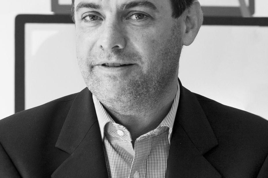Prof. Dr. Axel Metzger